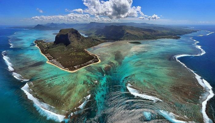 Sualtı Şelalesi - Mauritius Adası