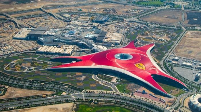 Abu Dhabi'de Ferrari Temalı Bir Park Bulunmaktadır