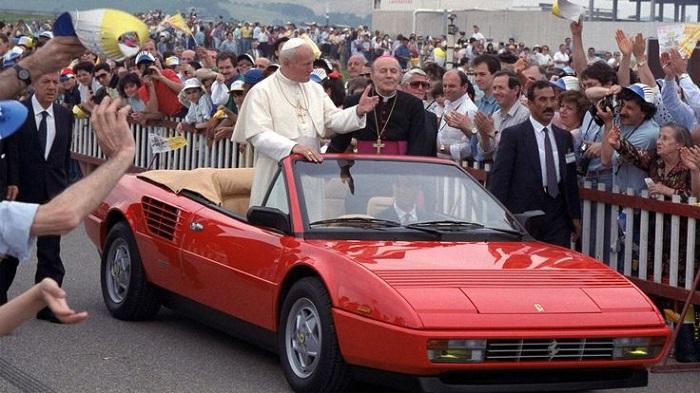 Vatikan İçin Bir Ferrari Üretilmiştir