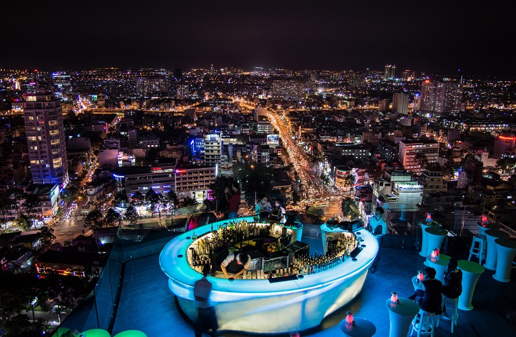 Göz Kamaştıran Manzarasıyla Bangkok'un En Lüks 7 Gökdelen Barı