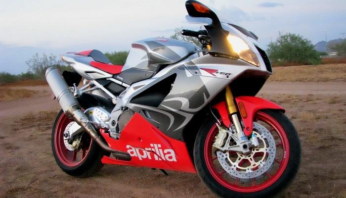 Aprilia RSV 1000 Mille R