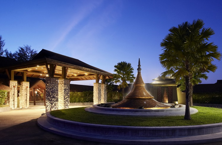 """Yeryüzünün Saklı Güzelliklerinden Bir Parça: """"Anantara Si Kao Resort&Spa"""""""