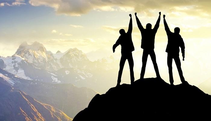 Sıradan İnsanlar için Anlık, Başarılılar İçinse Daimi Mutluluklar Önemlidir