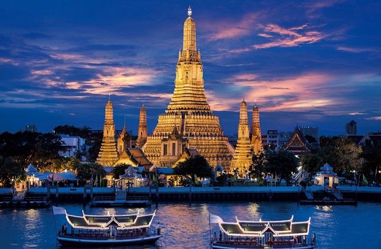 Bütçenize En Uygun Tatil Seçenekleriyle Dünyanın 7 Harikası