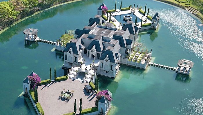 Chateau Artisan - Miami/Charles Sieger
