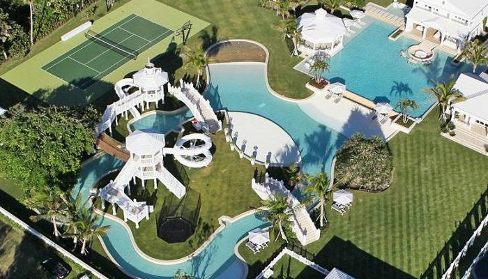 Water Park Mansion - Florida/Celine Dion