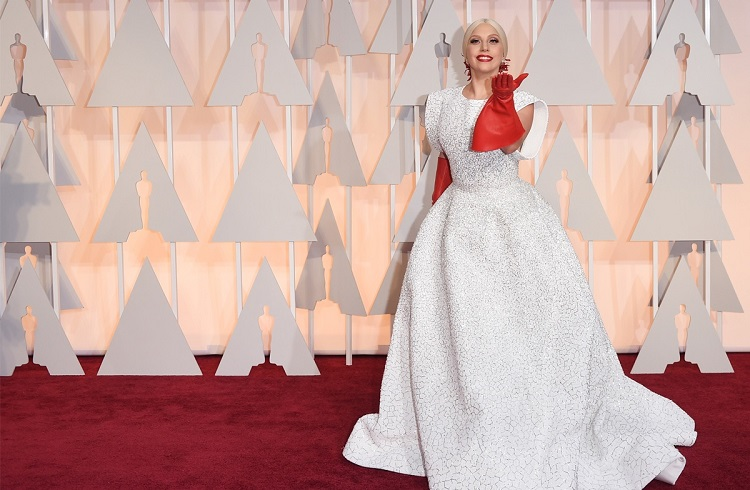 Hollywood Güzellerinin Oscar Töreni'nde Kullandığı En Pahalı 10 Mücevher