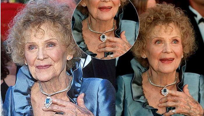 Gloria Stuart - Harry Winston Mavi Elmas Gerdanlık