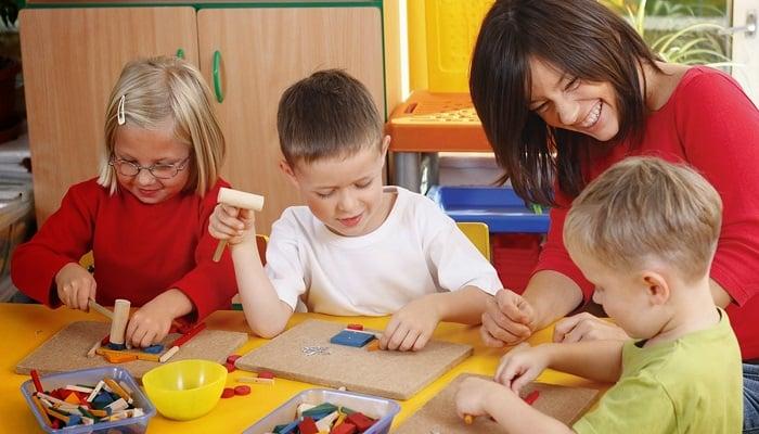 Kimler Çocuk Oyun ve Aktivite Merkezi Açarak Para Kazanabilir?