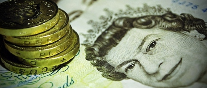Kimler İngiliz Sterlini Yatırımı Yaparak Para Kazanır?