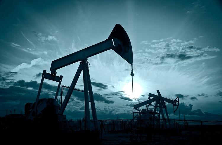 Petrol ABD Stok Verileri Öncesi Düşüşüne Devam Ediyor