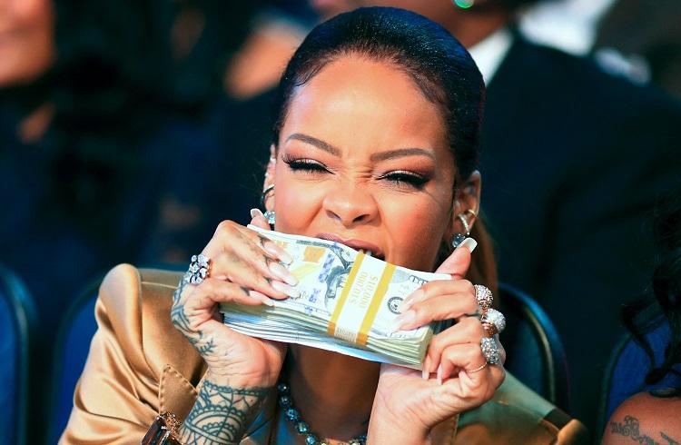 """Rihanna'nın Yeni Albümü """"Anti"""" Samsung Sponsorluğunda Tanıtılıyor!"""