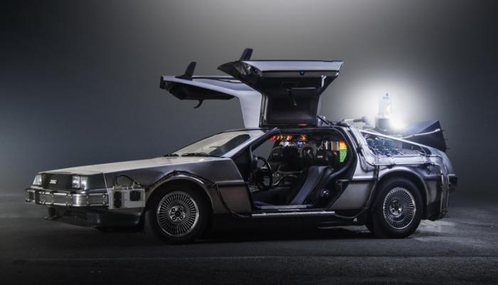 1981 DeLorean DMC-12 - Geleceğe Dönüş (1985)