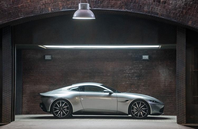 Spectre'deki James Bond'un Canavarı Aston Martin DB10 Satışa Çıkıyor!