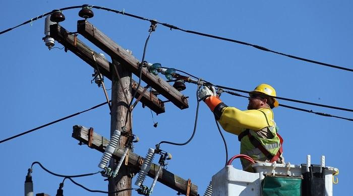 Elektrik İletim Hattı Tamircisi