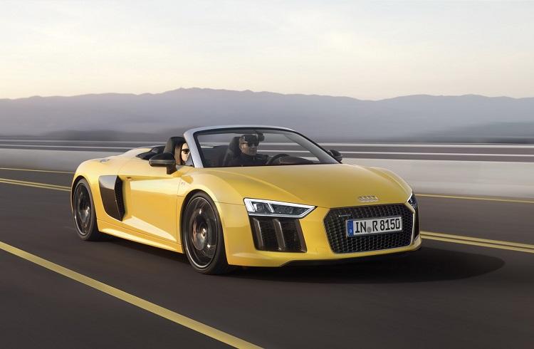2017 Audi R8 Spyder Hayalinizdeki Otomobili Yeniden Şekillendirecek!