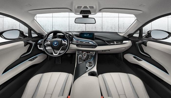 2017 BMW M8 Concept Modelinin İç ve Dış Tasarımı