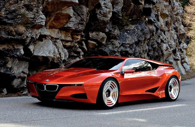 2017 BMW M8 Concept Tasarımı ve Performansı ile Başınızı Döndürmeye Aday