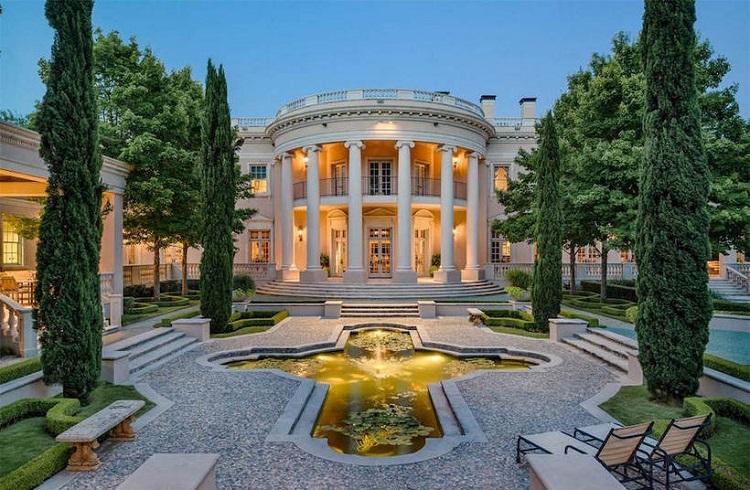 Dallas'ta Bulunan Beyaz Saray'ın Kopyası Satışa Çıkartılıyor!