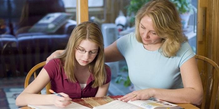 Çalışan Annelerin Çocukları Okul Hayatında Daha Başarılı!