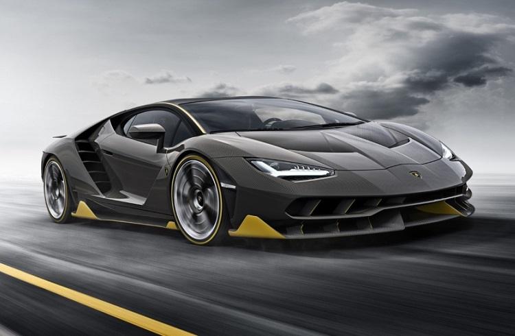 """Lamborghini'nin En Güçlü Boğası: """"Centenario"""""""
