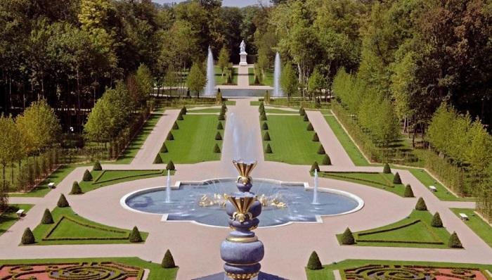Fransa'nın En Pahalı Evi Olan Chateau Louis XIV Şatosunun Değeri Ne Kadar?