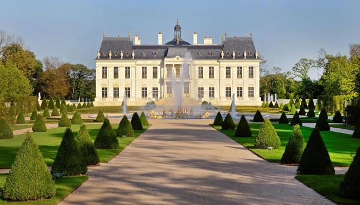 Fransa'nın En Pahalı Evinin Konumu ve Yerleşkesi