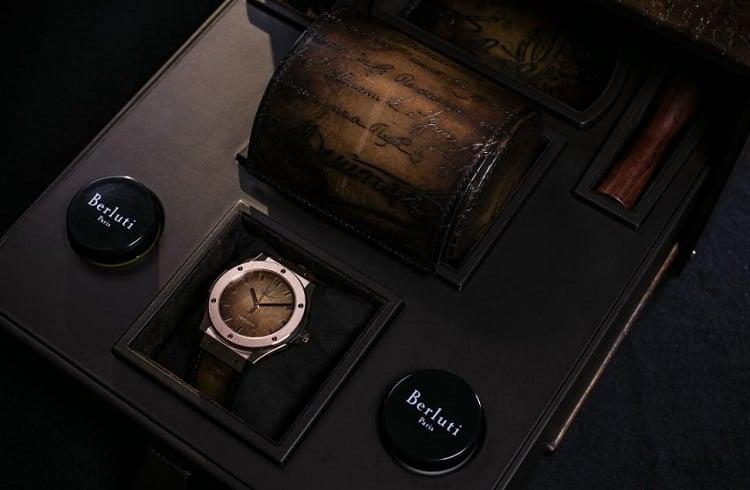 "Berluti'nin Şık Dokunuşuyla Oluşan Saat: ""Hublot Classic Fusion"""
