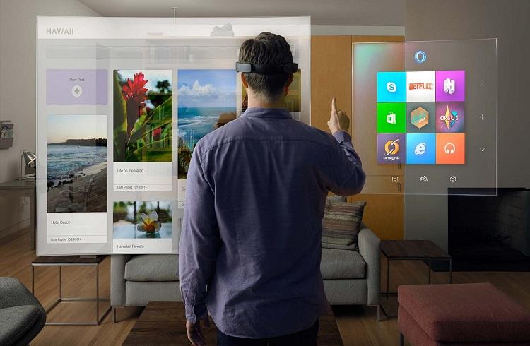 """Microsoft'tan Dünyanızı Değiştirecek Bir Teknoloji: """"HoloLens"""""""