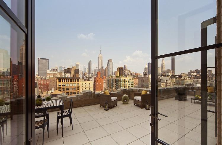 New York'un Kalbinde Ayaklarınızı Yerden Kesecek Bir Ev