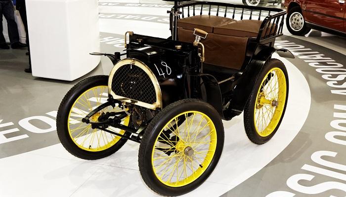 Renault Voiturette İsimli İlk Otomobilin Üretilmesi