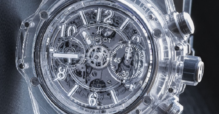 Saklayacak Hiçbir Şeyi Olmayan Bu Eşsiz Saatin Mekanizması