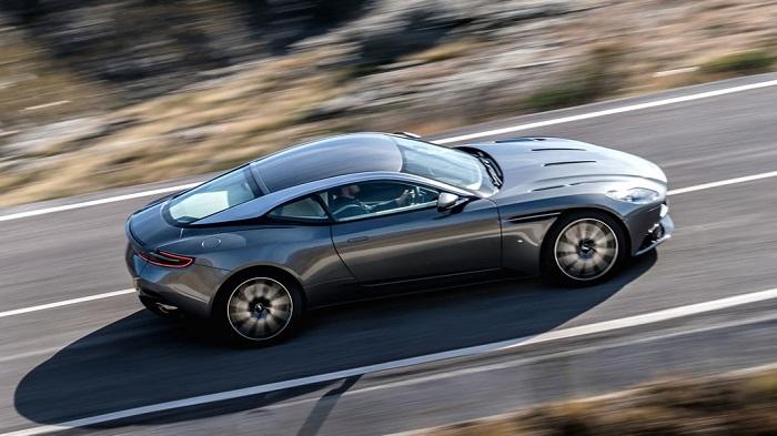 Yeni Aston Martin DB11 Modelinin Performans Özellikleri