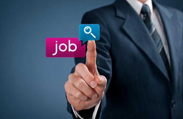 Yeni Mezunların İş Bulmak için Dikkat Etmesi Gereken 5 Nokta