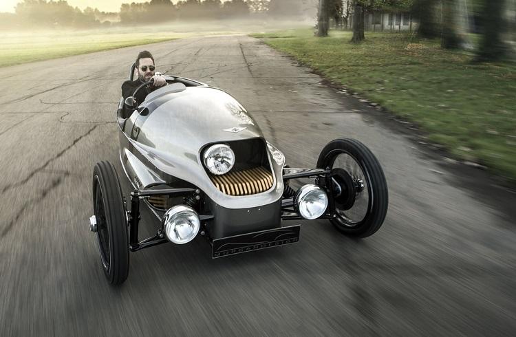 "Üç Tekerlekli Elektrikli Bir Araba: ""Morgan EV3"""