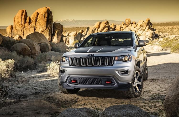 """Zorlu Arazilerin Yeni Kralı: """"2017 Jeep Grand Cherokee Trailhawk"""""""