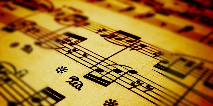 Müzik Dinlemek Daha da İyisi Enstrüman Çalmak!