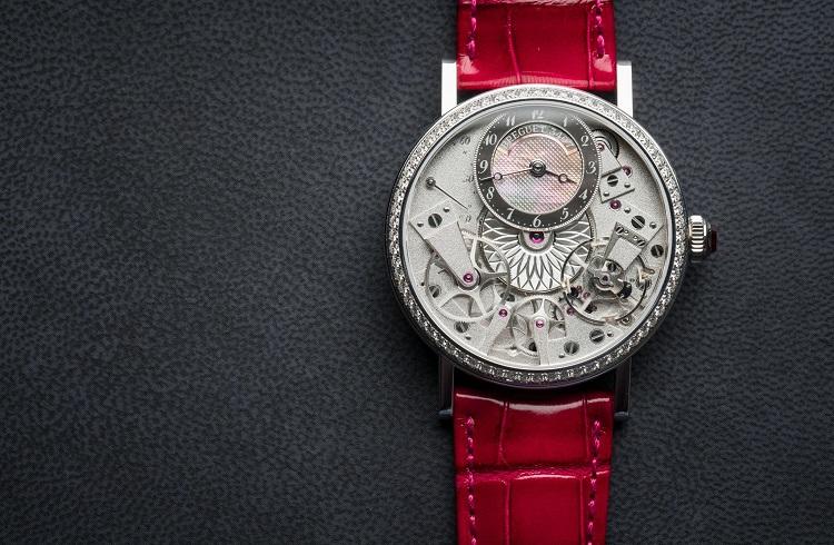 """Saat Sektörünün Büyüleyici Başyapıtı: """"Breguet Tradition Dame 7038"""""""