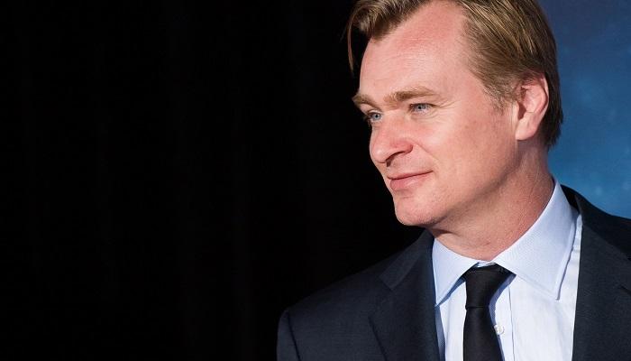 Christopher Nolan ve Takım Elbisesi