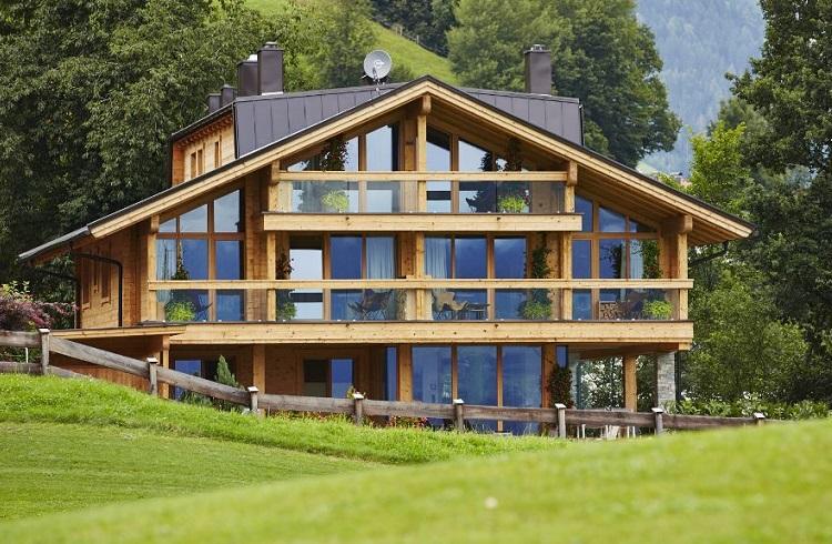"""Doğayla Baş Başa Bir Tatilin Hayalini Kuranlara: """"Ziller Lodge"""""""
