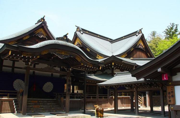 """Zen Felsefesi Eşliğinde Unutulmaz Japonya Tatili: """"Amanemu Resort"""""""