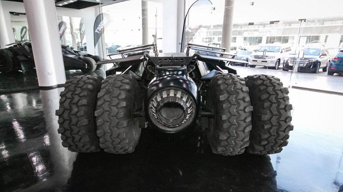 Kötülerin Peşinden İlerleyebileceğiniz Yeni Batmobile'nin Performans Özellikleri
