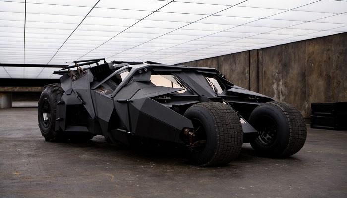 Orijinali ile Birebir Aynı Olan Batman Tumbler Otomobilinin Tasarımı