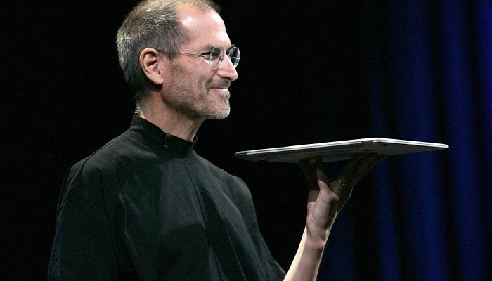 Steve Jobs ve Siyah Balıkçı Kazağı