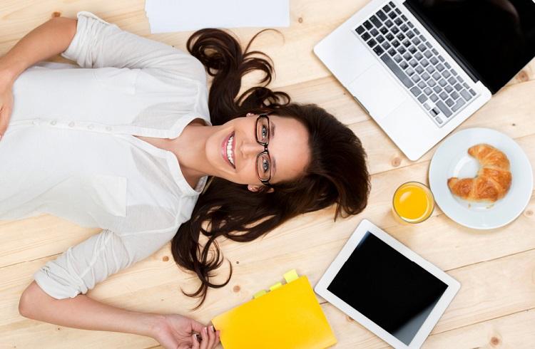 Stressiz Bir İş Günü Geçirmek için Yapılması Gerekenler