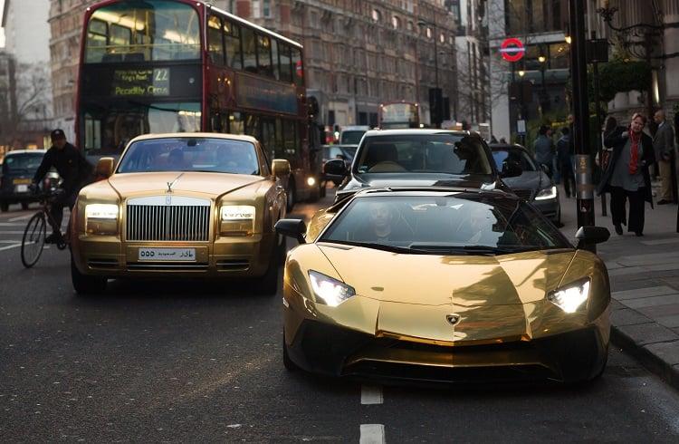Suudi Milyarderin Altından Araba Filosu ve İngiltere Macerası