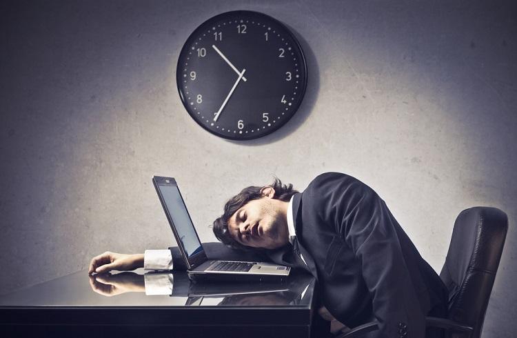 Üretkenliğinizi Düşüren 10 Kötü İş Alışkanlığı
