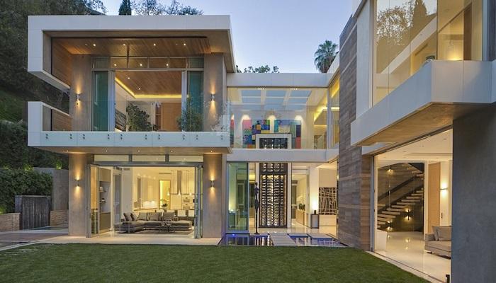 1307 Sierra Alta Way Villasının Konumu ve Tasarımı