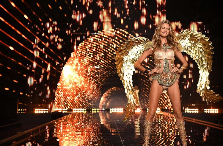 150 Milyon Dolarlık Victoria Secret Kataloğu Artık Basılmayacak