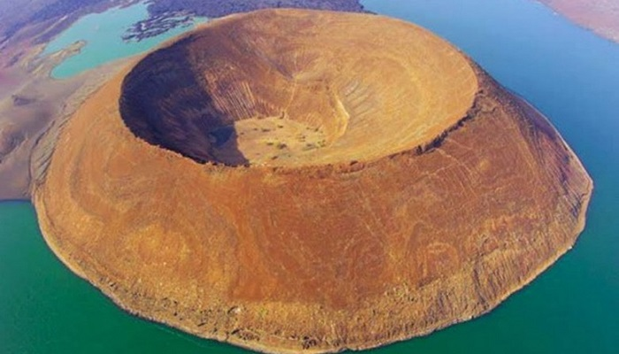 Nabiyotum Krateri - Kenya
